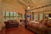 Luxury 2 Bedroom Cabin Master Suite