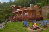 Private 3 bedroom cabin with Mountain Views