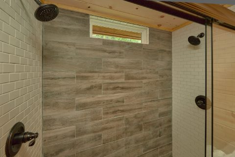 Luxurious shower in 3 bedroom cabin Master Bath - Sea of Clouds