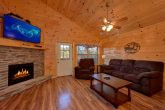 2 Bedroom 2.5 Bath Pigeon Forge Cabin Sleeps 8