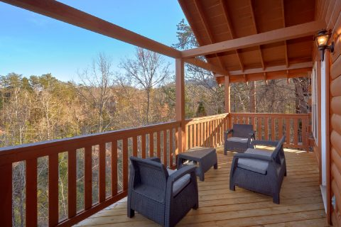 Pigeon Forge 2 Bedroom Cabin Sleeps 8 - Serenity