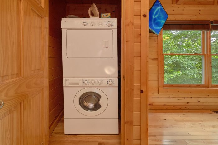 3 Bedroom Cabin with a Washer and Dryer - Settlers Ridge Cabin