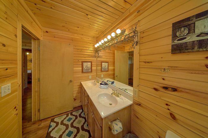 Large Main Floor Master Suite - Simply Incredible