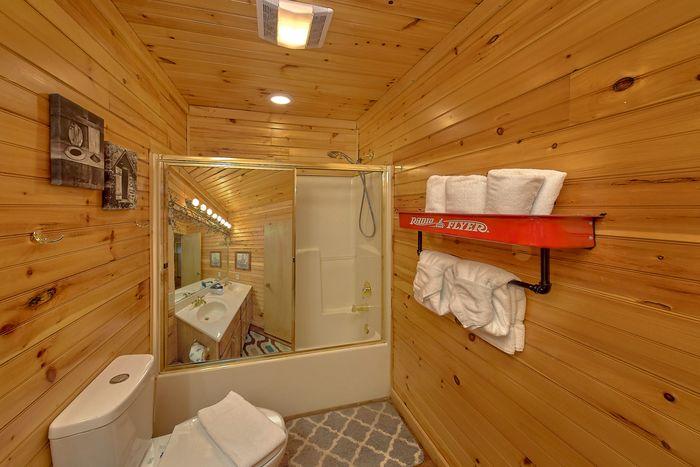 Master Bath Room - Simply Incredible