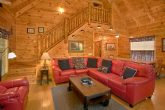 Luxury 4 Bedroom Cabin with Large Living Area