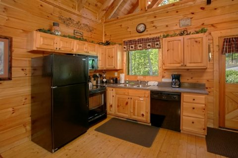 Luxury Cabin with fully stocked Kitchen - Simply the Smokies