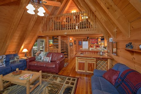 Gatlinburg Chalet Village 3 Bedroom Sleeps 8 - Skiing With The Bears