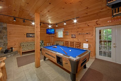 3 Bedroom in Gatlinburg w/Large Game Room - Skiing With The Bears