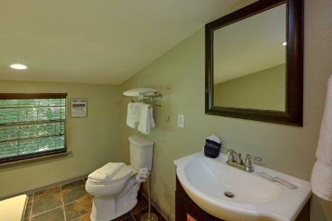 2 Bedroom 2 Bath Cabin Sleeps 6 - Sleepy Hollow