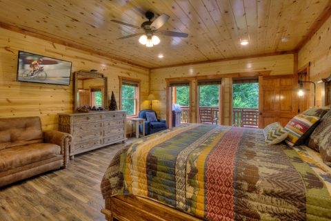 Spacious King Bedrooms 4 Bedroom Sleeps 12 - Smokey Ridge