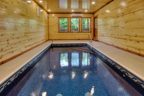 4 Bedroom Smokey Ridge with Indoor Pool - Smokey Ridge