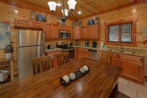 Luxury 4 Bedroom Cabin with Indoor Pool - Smokey Ridge