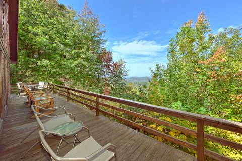 Rustic 3 bedroom cabin with Mountain Views - Smokeys Dream Views