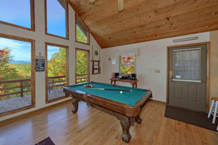 Pool Table in Private 3 bedroom cabin rental - Smokeys Dream Views