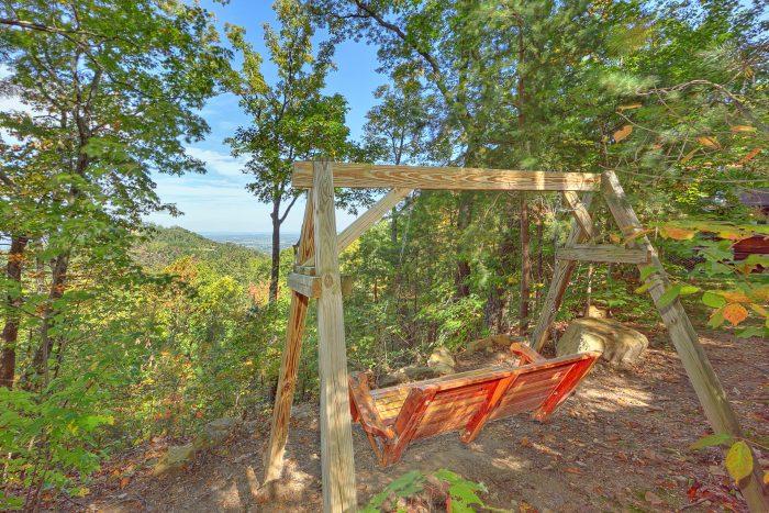 Cabin with Porch swing facing Mountain Views - Smokeys Dream Views