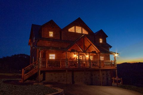 Featured Property Photo - Smoky Bear Lodge