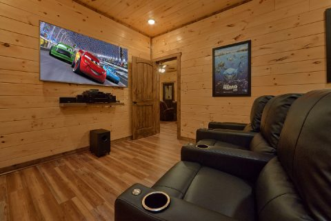 3 Bedroom luxury cabin with indoor pool - Smoky Bear Lodge