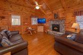 Gatlinburg 2 Bedroom Cabin Sleeps 6