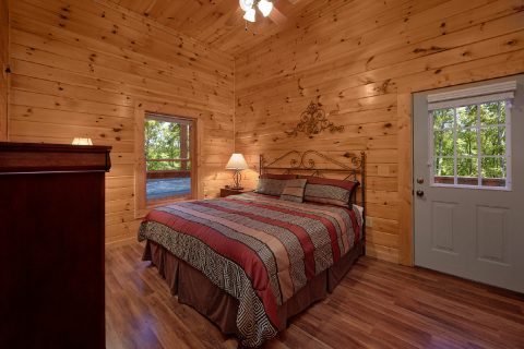 King Bedroom with Private Bath and Deck access - Smoky Mountain Lodge