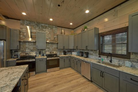 15 bedroom cabin with fully furnished kitchen - Smoky Mountain Masterpiece