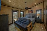 15 bedroom cabin with 12 King Master Bedrooms