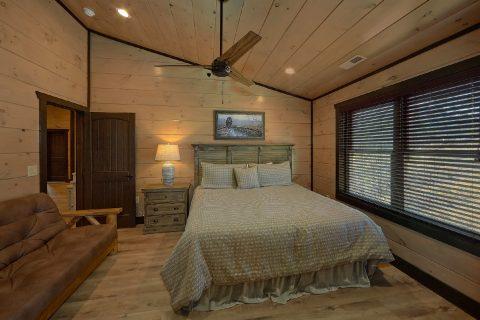 Premium 15 bedroom cabin rental Master Bedroom - Smoky Mountain Masterpiece