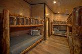 15 bedroom cabin with 3 sets of Queen Bunk Beds