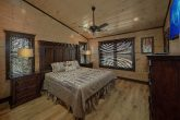 15 bedroom cabin with 12 Master Bedrooms