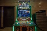 15 Bedroom cabin with Injustice Arcade Game