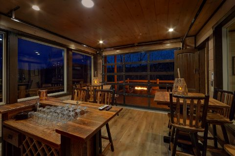 15 Bedroom luxury cabin with bar and fire pits - Smoky Mountain Masterpiece