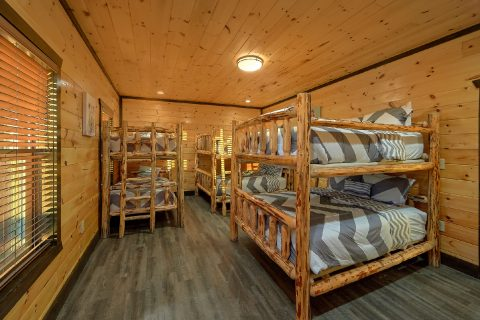 12 bedroom cabin with Bunk Beds for 10 - Smoky Mountain Memories