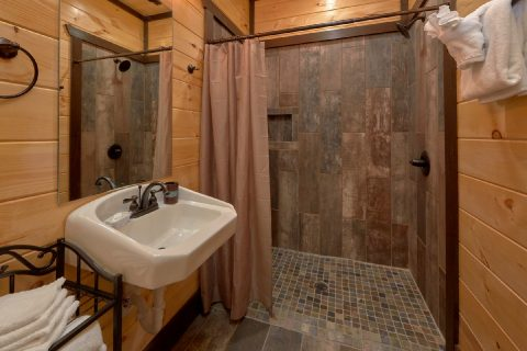Spacious Master Bathroom in King Bedroom - Smoky Mountain Memories