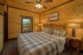 Luxurious 12 Bedroom Cabin with 9 King Beds