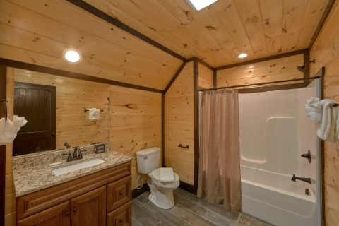 Spacious bathroom in 12 bedroom luxury cabin - Smoky Mountain Memories