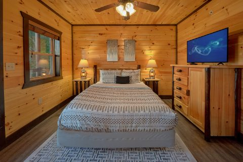 Luxurious 12 bedroom cabin with Twin bunk beds - Smoky Mountain Memories