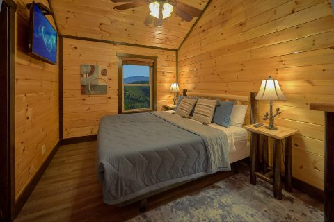 12 Bedroom cabin with Private Queen bedroom - Smoky Mountain Memories