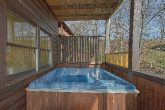 Private Hot Tub 5 Bedroom Cabin Sleeps 16
