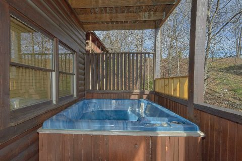 Private Hot Tub 5 Bedroom Cabin Sleeps 16 - Smoky Mountain Retreat