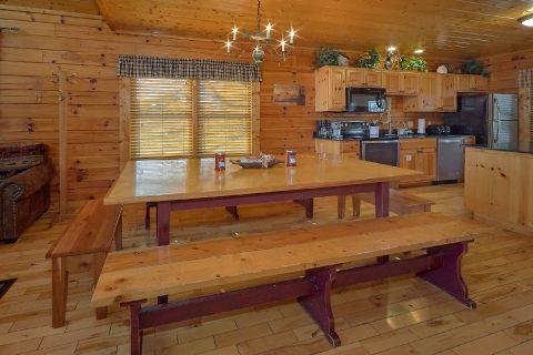 Smokey Mountain Retreat 5 Bedroom Cabin - Smoky Mountain Retreat