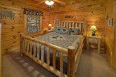 Main Floor Bedroom 5 Bedroom Cabin Sleeps 16