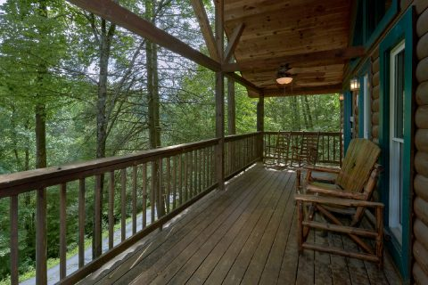 Wrap Around Deck with Picnic Table - Smoky Mountain Time