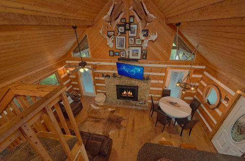 Fireplace in living room at 2 bedroom cabin - Sneaky Bear Getaway