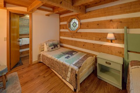 Cabin Master bedroom with King bed and twin bed - Sneaky Bear Getaway