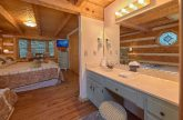 Cabin with Private Master Bath in King bedroom