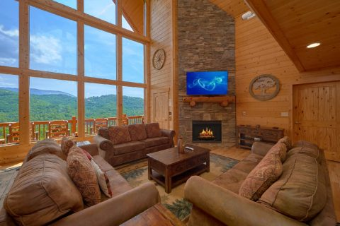 Premium 5 bedroom cabin with Fireplace - Soaring Ridge Lodge