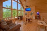 5 Bedroom cabin with Poker Table and Arcade Game