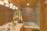Premium 5 bedroom cabin with 3 Jacuzzi Tubs