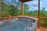 Luxurious 5 bedroom cabin with 2 Hot Tubs