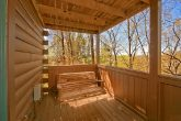 Luxury Cabin with Porch swing and Hot Tub