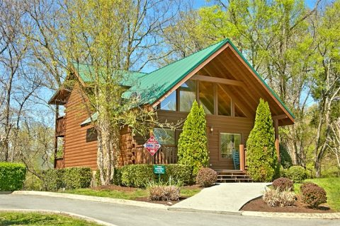 Cabin in Cabins at Crossing Resort - Southern Comfort